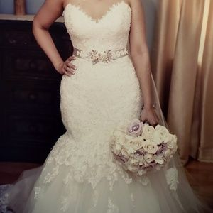 Dresses & Skirts - Maggie Sottero bridal gown